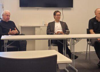 Mats Grauers, Christian Lechtraler och Mikael Ström på dagens presskonferens.