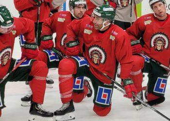 Tre poäng, sedan går Joel Lundqvist om Niklas Andersson. Men den typen av siffror har Frölundakaptenen i princip noll koll på.